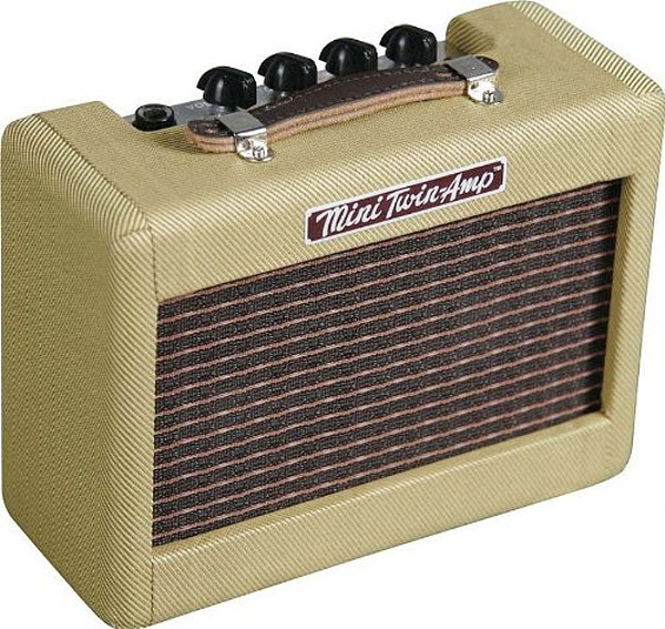 electric-guitar-mini-amp