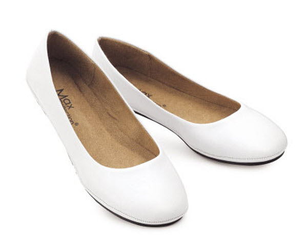 Free shipping BOTH ways on womens white flat shoes, from our vast selection of styles. Fast delivery, and 24/7/ real-person service with a smile. Click or call